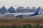 tsubameさんが、スワンナプーム国際空港で撮影したクウェート航空 777-369/ERの航空フォト(飛行機 写真・画像)