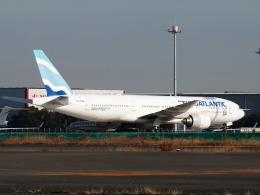 FT51ANさんが、羽田空港で撮影したユーロアトランティック・エアウェイズ 777-212/ERの航空フォト(飛行機 写真・画像)