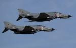 青い翼に鎧武者マークの!さんが、茨城空港で撮影した航空自衛隊 F-4EJ Kai Phantom IIの航空フォト(飛行機 写真・画像)