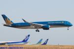 Chofu Spotter Ariaさんが、羽田空港で撮影したベトナム航空 A350-941の航空フォト(飛行機 写真・画像)