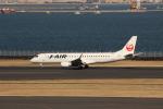 uhfxさんが、羽田空港で撮影したジェイ・エア ERJ-190-100(ERJ-190STD)の航空フォト(飛行機 写真・画像)
