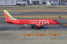 aki241012さんが、福岡空港で撮影したフジドリームエアラインズ ERJ-170-100 (ERJ-170STD)の航空フォト(飛行機 写真・画像)