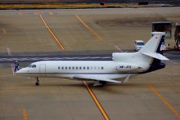 KAZKAZさんが、羽田空港で撮影したスイス企業所有 Falcon 7Xの航空フォト(飛行機 写真・画像)
