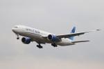 KAZFLYERさんが、成田国際空港で撮影したユナイテッド航空 777-322/ERの航空フォト(飛行機 写真・画像)