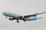 KAZFLYERさんが、成田国際空港で撮影した大韓航空 A330-323Xの航空フォト(飛行機 写真・画像)