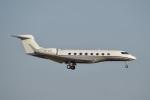 飛行機ゆうちゃんさんが、羽田空港で撮影したLSFL Caman Company Ltd. G650 (G-VI)の航空フォト(飛行機 写真・画像)