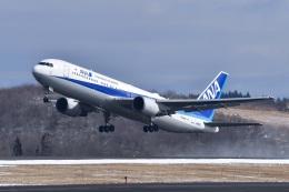 falconさんが、秋田空港で撮影した全日空 767-381/ERの航空フォト(飛行機 写真・画像)