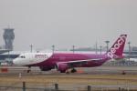 KAZFLYERさんが、成田国際空港で撮影したピーチ A320-214の航空フォト(飛行機 写真・画像)