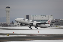 yuu@HKD/RJCHさんが、新千歳空港で撮影した日本航空 777-289の航空フォト(飛行機 写真・画像)