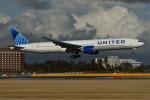 sepia2016さんが、成田国際空港で撮影したユナイテッド航空 777-322/ERの航空フォト(飛行機 写真・画像)