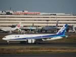 たにしさんが、羽田空港で撮影した全日空 777-281の航空フォト(飛行機 写真・画像)
