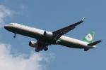 木人さんが、成田国際空港で撮影したエバー航空 A321-211の航空フォト(飛行機 写真・画像)