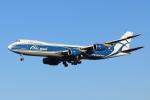 mogusaenさんが、成田国際空港で撮影したエアブリッジ・カーゴ・エアラインズ 747-8HVFの航空フォト(飛行機 写真・画像)