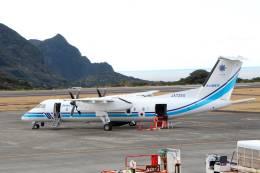 jk3yhgさんが、八丈島空港で撮影した海上保安庁 DHC-8-315Q MPAの航空フォト(飛行機 写真・画像)