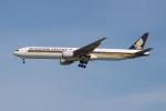 OMAさんが、シンガポール・チャンギ国際空港で撮影したシンガポール航空 777-312の航空フォト(飛行機 写真・画像)