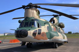 石鎚さんが、静浜飛行場で撮影した航空自衛隊 CH-47J/LRの航空フォト(飛行機 写真・画像)