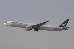 だいすけさんが、香港国際空港で撮影したキャセイパシフィック航空 777-367の航空フォト(飛行機 写真・画像)