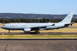 Henry Chowさんが、アデレード空港で撮影したオーストラリア空軍 KC-30A(A330-203MRTT)の航空フォト(飛行機 写真・画像)