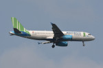 kuro2059さんが、ノイバイ国際空港で撮影したバンブー・エアウェイズ A320-232の航空フォト(飛行機 写真・画像)