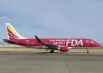 ONOさんが、名古屋飛行場で撮影したフジドリームエアラインズ ERJ-170-200 (ERJ-175STD)の航空フォト(飛行機 写真・画像)