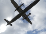うすさんが、伊丹空港で撮影したANAウイングス DHC-8-402Q Dash 8の航空フォト(飛行機 写真・画像)
