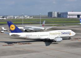 銀苺さんが、羽田空港で撮影したルフトハンザドイツ航空 747-830の航空フォト(飛行機 写真・画像)