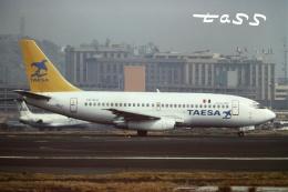 tassさんが、メキシコ・シティ国際空港で撮影したTAESA 737-2T4/Advの航空フォト(飛行機 写真・画像)