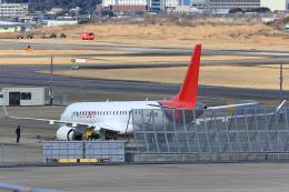 きまぐれまささんが、名古屋飛行場で撮影した三菱航空機 MRJ90STDの航空フォト(飛行機 写真・画像)