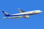 オポッサムさんが、羽田空港で撮影した全日空 777-281/ERの航空フォト(飛行機 写真・画像)