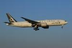メンチカツさんが、成田国際空港で撮影したユナイテッド航空 777-222/ERの航空フォト(飛行機 写真・画像)