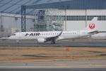 神宮寺ももさんが、伊丹空港で撮影したジェイ・エア ERJ-190-100(ERJ-190STD)の航空フォト(飛行機 写真・画像)