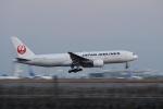 飛行機ゆうちゃんさんが、羽田空港で撮影した日本航空 777-289の航空フォト(飛行機 写真・画像)