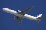 黄色の168さんが、新千歳空港で撮影した全日空 767-381F/ERの航空フォト(飛行機 写真・画像)