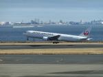 ヒロリンさんが、羽田空港で撮影した日本航空 767-346/ERの航空フォト(飛行機 写真・画像)