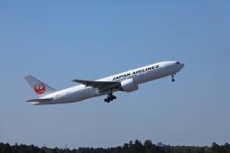 garrettさんが、成田国際空港で撮影した日本航空 777-246/ERの航空フォト(飛行機 写真・画像)