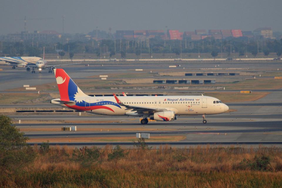 tsubameさんのネパール航空 Airbus A320 (9N-AKW) 航空フォト