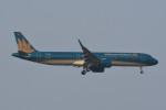 kuro2059さんが、ノイバイ国際空港で撮影したベトナム航空 A321-272Nの航空フォト(飛行機 写真・画像)