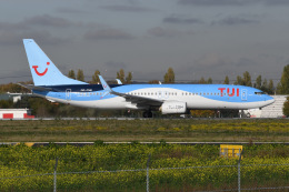 いもや太郎さんが、パリ オルリー空港で撮影したトゥイ・エアラインズ・ベルギー 737-8K5の航空フォト(飛行機 写真・画像)