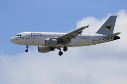 ★azusa★さんが、シンガポール・チャンギ国際空港で撮影したミャンマー国際航空 A319-115の航空フォト(飛行機 写真・画像)