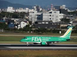 たにしさんが、名古屋飛行場で撮影したフジドリームエアラインズ ERJ-170-100 SU (ERJ-170SU)の航空フォト(飛行機 写真・画像)