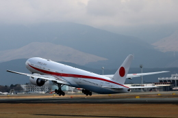 Zakiyamaさんが、熊本空港で撮影した航空自衛隊 777-3SB/ERの航空フォト(飛行機 写真・画像)