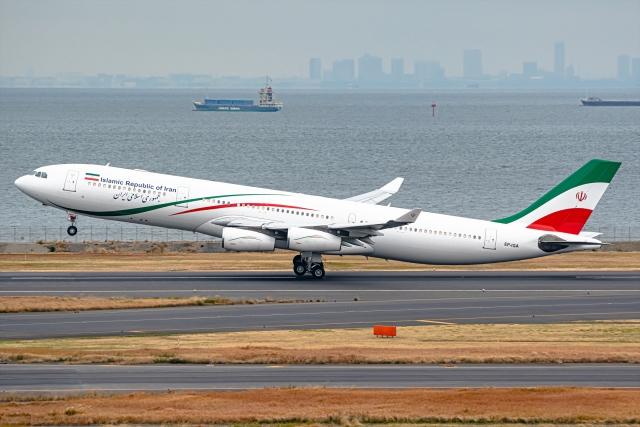 イラン 飛行機