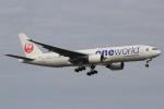 キイロイトリさんが、福岡空港で撮影した日本航空 777-246の航空フォト(飛行機 写真・画像)
