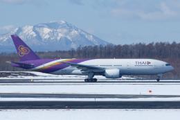 よっしぃさんが、新千歳空港で撮影したタイ国際航空 777-2D7/ERの航空フォト(飛行機 写真・画像)