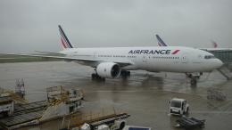 AE31Xさんが、パリ シャルル・ド・ゴール国際空港で撮影したエールフランス航空 777-228/ERの航空フォト(飛行機 写真・画像)