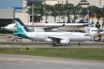 OMAさんが、シンガポール・チャンギ国際空港で撮影したシルクエア A319-133の航空フォト(飛行機 写真・画像)