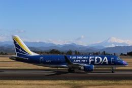 Tony Nishihataさんが、静岡空港で撮影したフジドリームエアラインズ ERJ-170-200 (ERJ-175STD)の航空フォト(飛行機 写真・画像)