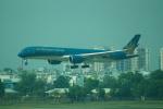 FRTさんが、タンソンニャット国際空港で撮影したベトナム航空 A350-941の航空フォト(飛行機 写真・画像)