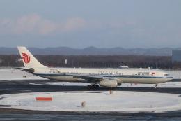 だいすけさんが、新千歳空港で撮影した中国国際航空 A330-343Xの航空フォト(飛行機 写真・画像)