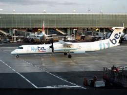 PW4090さんが、パリ シャルル・ド・ゴール国際空港で撮影したフライビー DHC-8-402Q Dash 8の航空フォト(飛行機 写真・画像)